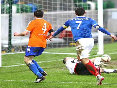 irish cup - image gallery - Linfield v Armagh City(1).jpg