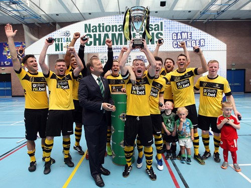 Belfast United - Trophy Lift.jpeg