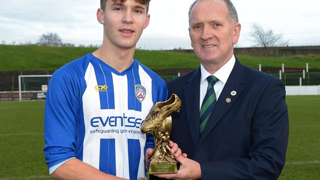 Ben Wilson receives his Man of the Match award from IFA Youth Committee member Robert Doherty.jpg (1)