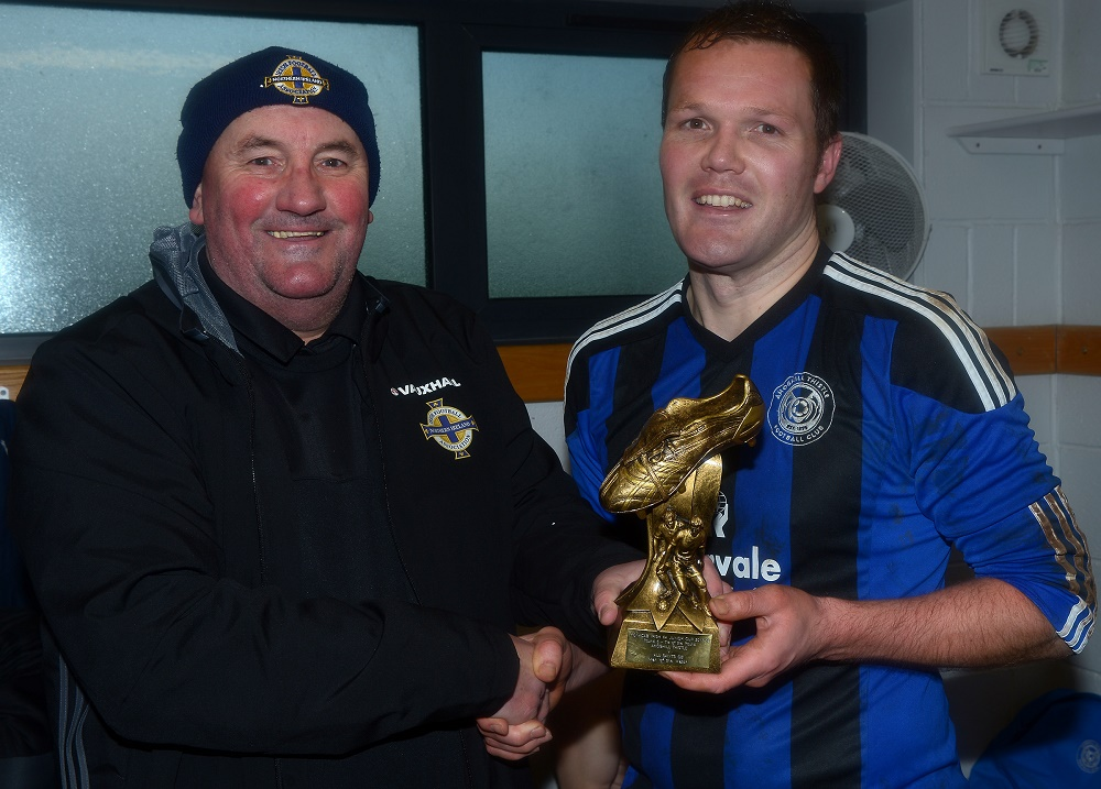 Davy King and 'man of the match' Matthew Boyd.jpg