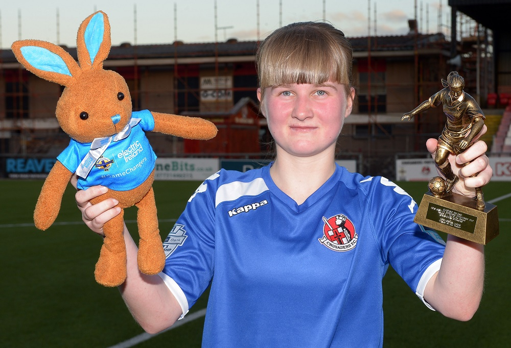 Courtney Moore with player of match award and Electric Ireland Bunny.jpg