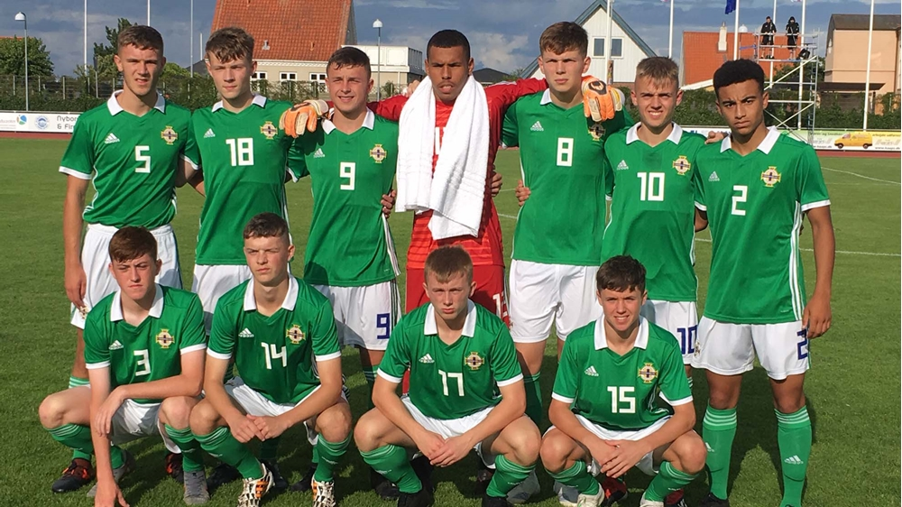 Northern Ireland U17s team.jpg