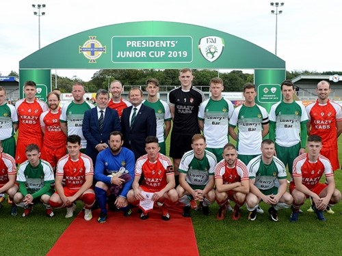 IFA President David Martin and FAI President Donal Conway with both teams and officials .jpg