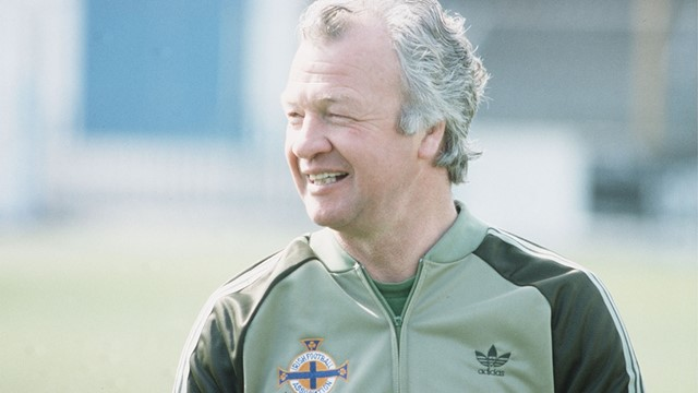 1982-billy_bingham_ni-manager.jpg