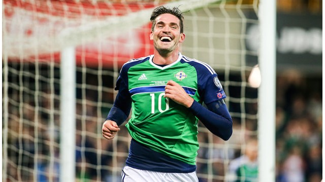 Kyle Lafferty Celebration.jpg